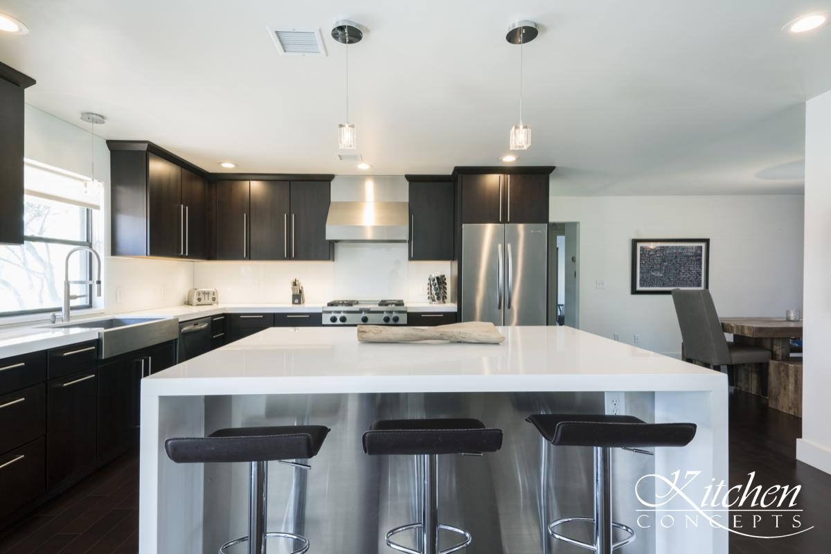 Minimal Kitchen Remodel with White Countertops